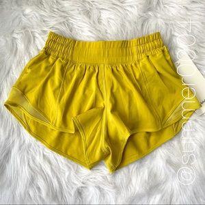 "NWT Lululemon Hotty Hot Short 2.5"" Soleil Yellow 2"